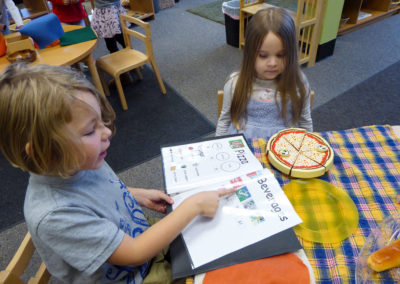 pizza restaurant pretend play
